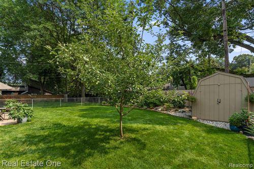 Tiny photo for 516 MELODY CRT, Royal Oak, MI 48073-5501 (MLS # 40200931)