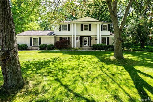 Tiny photo for 2824 ASPEN LN, Bloomfield Township, MI 48302-1013 (MLS # 40061932)