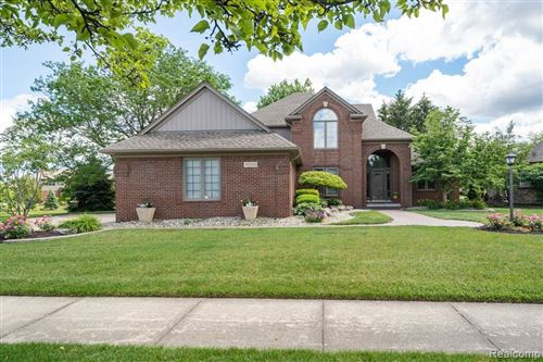 Photo of 14312 PATTERSON DR, Shelby Township, MI 48315-4264 (MLS # 40187932)