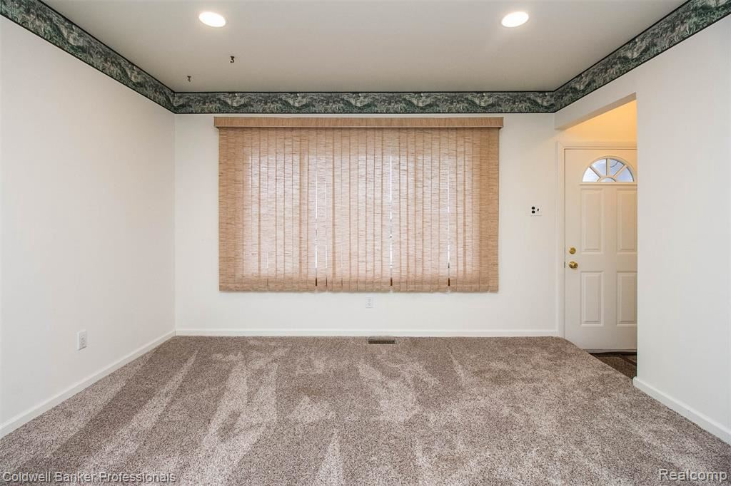 Photo of 36335 ELLICOT DR, Sterling Heights, MI 48312-3029 (MLS # 40006933)