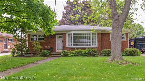 Tiny photo for 17005 MADOLINE ST, Beverly Hills, MI 48025-5407 (MLS # 40059939)