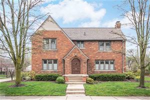 Photo of 70 Colonial Rd, Grosse Pointe Shores, MI 48236 (MLS # 31341944)
