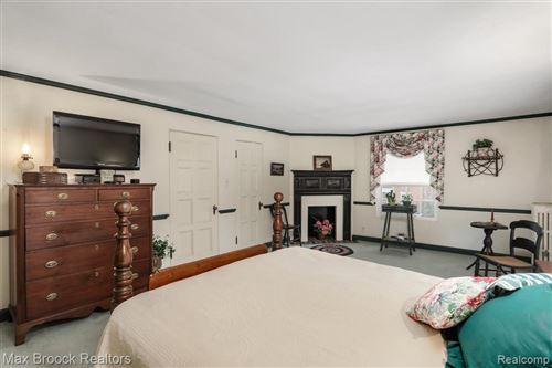 Tiny photo for 610 HALF MOON RD, Bloomfield Hills, MI 48301-2420 (MLS # 40134946)