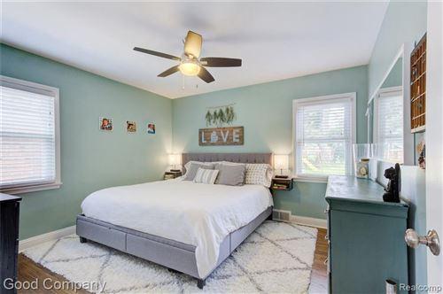 Tiny photo for 711 E BLOOMFIELD AVE, Royal Oak, MI 48073-3565 (MLS # 40200955)