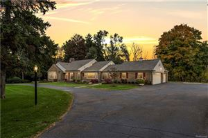 Photo of 21605 W THIRTEEN MILE RD, Beverly Hills, MI 48025-4805 (MLS # 21521971)