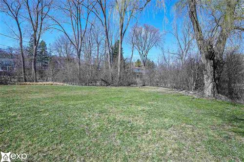 Tiny photo for 568 Woodway Ct, Bloomfield Township, MI 48032-1572 (MLS # 50037972)