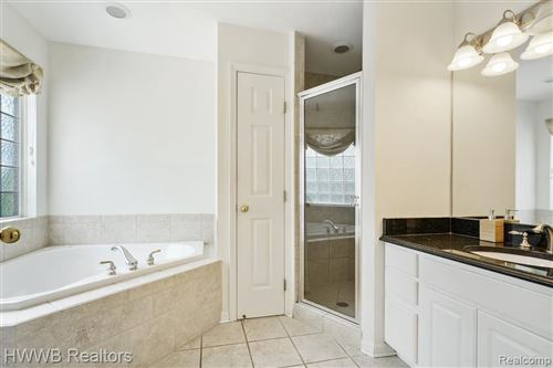 Tiny photo for 115 CHARRINGTON CRT, Beverly Hills, MI 48025-5604 (MLS # 40141974)