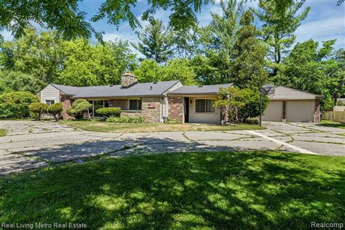 Tiny photo for 16280 W THIRTEEN MILE RD, Beverly Hills, MI 48025- (MLS # 40105975)