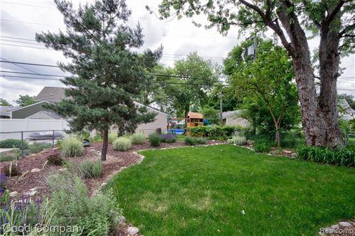 Tiny photo for 1017 ETOWAH AVE, Royal Oak, MI 48067-3463 (MLS # 40184975)