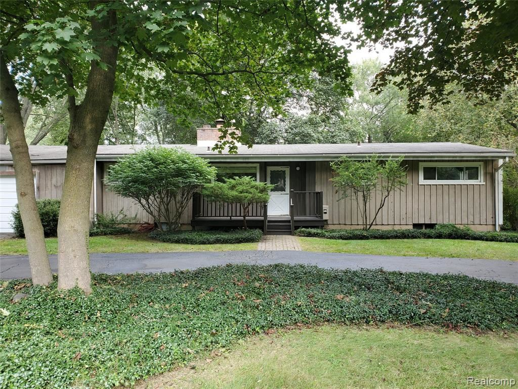 Photo for 32700 EVERGREEN RD, Beverly Hills, MI 48025-2814 (MLS # 40240976)