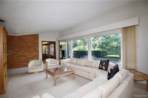 Tiny photo for 18827 RIVERSIDE DR, Beverly Hills, MI 48025-3062 (MLS # 40090982)