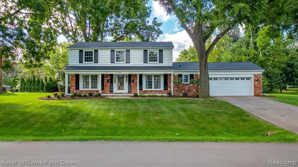 Photo for 5835 SUTTERS LANE, Bloomfield Township, MI 48301 (MLS # 40232983)