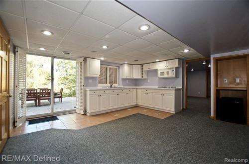 Tiny photo for 1940 LONE PINE RD, Bloomfield Hills, MI 48302-2521 (MLS # 40114985)