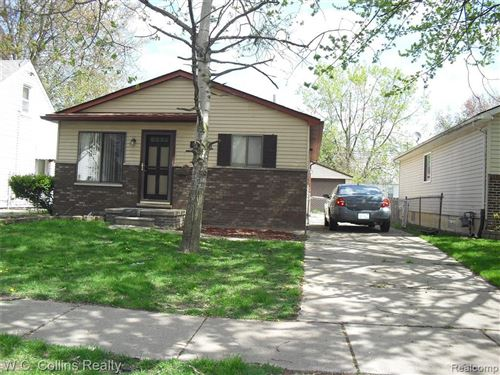 Photo of 18949 KENOSHA ST, Harper Woods, MI 48225-2129 (MLS # 40026986)