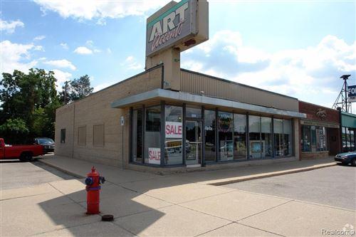 Tiny photo for 28168 WOODWARD AVE, Royal Oak, MI 48067-0934 (MLS # 40102991)