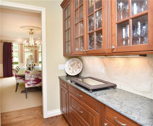 Tiny photo for 1257 WATER CLIFF DR, Bloomfield Hills, MI 48302-1975 (MLS # 40112991)