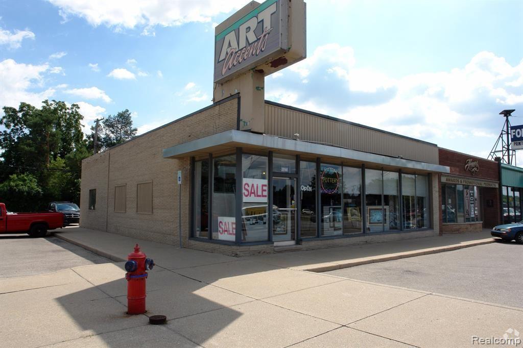 Photo for 28168 WOODWARD AVE, Royal Oak, MI 48067-0934 (MLS # 40102991)