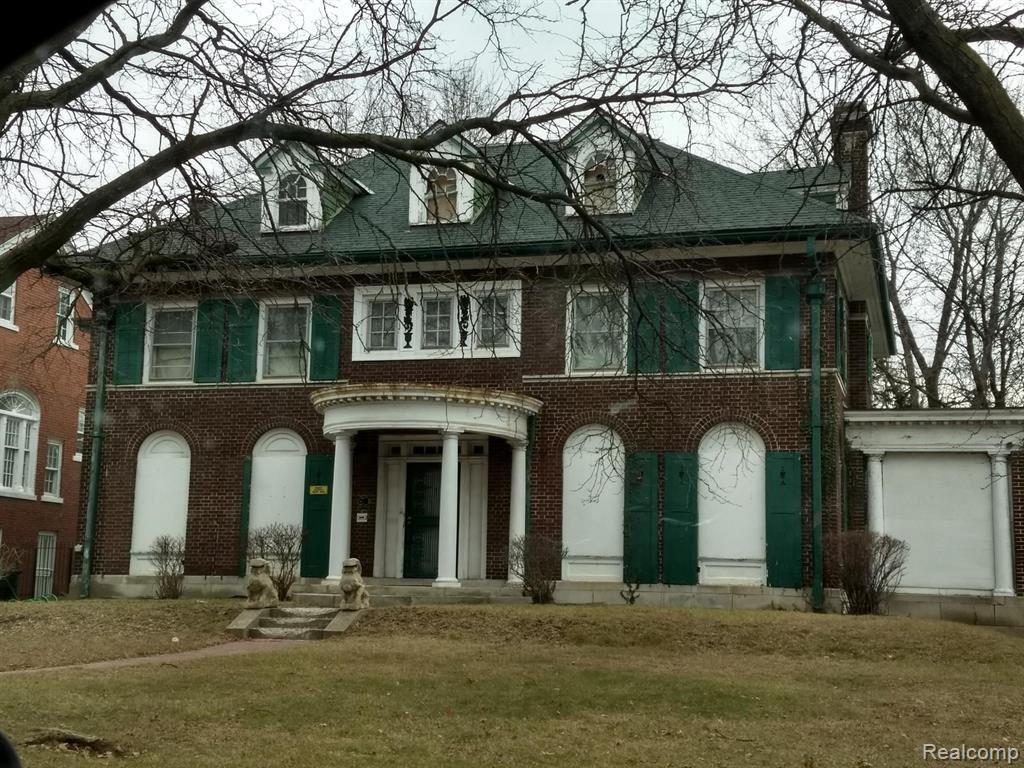 Photo for 1553 W BOSTON BLVD, Detroit, MI 48206-1700 (MLS # 40124998)