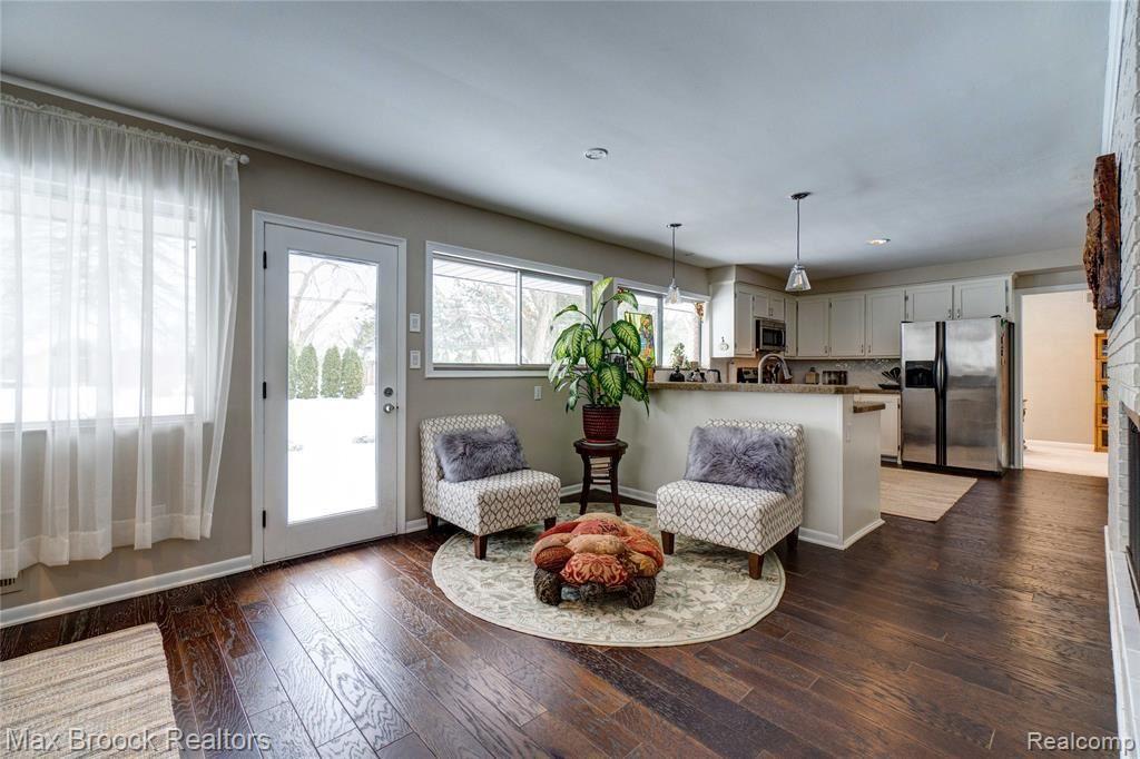 Photo for 6865 HALYARD RD, Bloomfield Hills, MI 48301-2819 (MLS # 40144998)