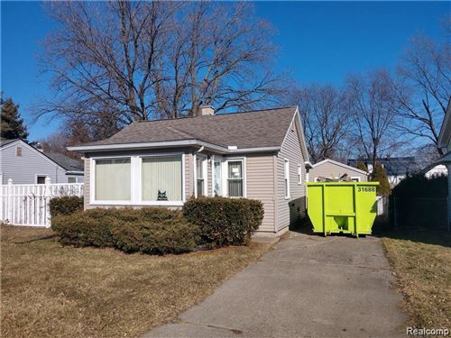 Photo of 22028 CURIE AVE, Warren, MI 48091-3648 (MLS # 40000999)