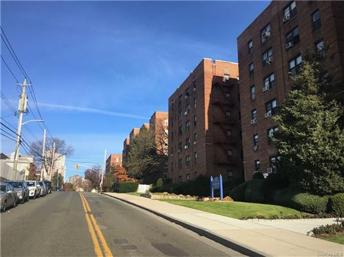 Photo of 164 Church Street #3A, New Rochelle, NY 10805 (MLS # H6090004)
