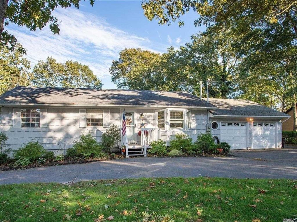 355 Wading River Road, Manorville, NY 11949 - MLS#: 3173004