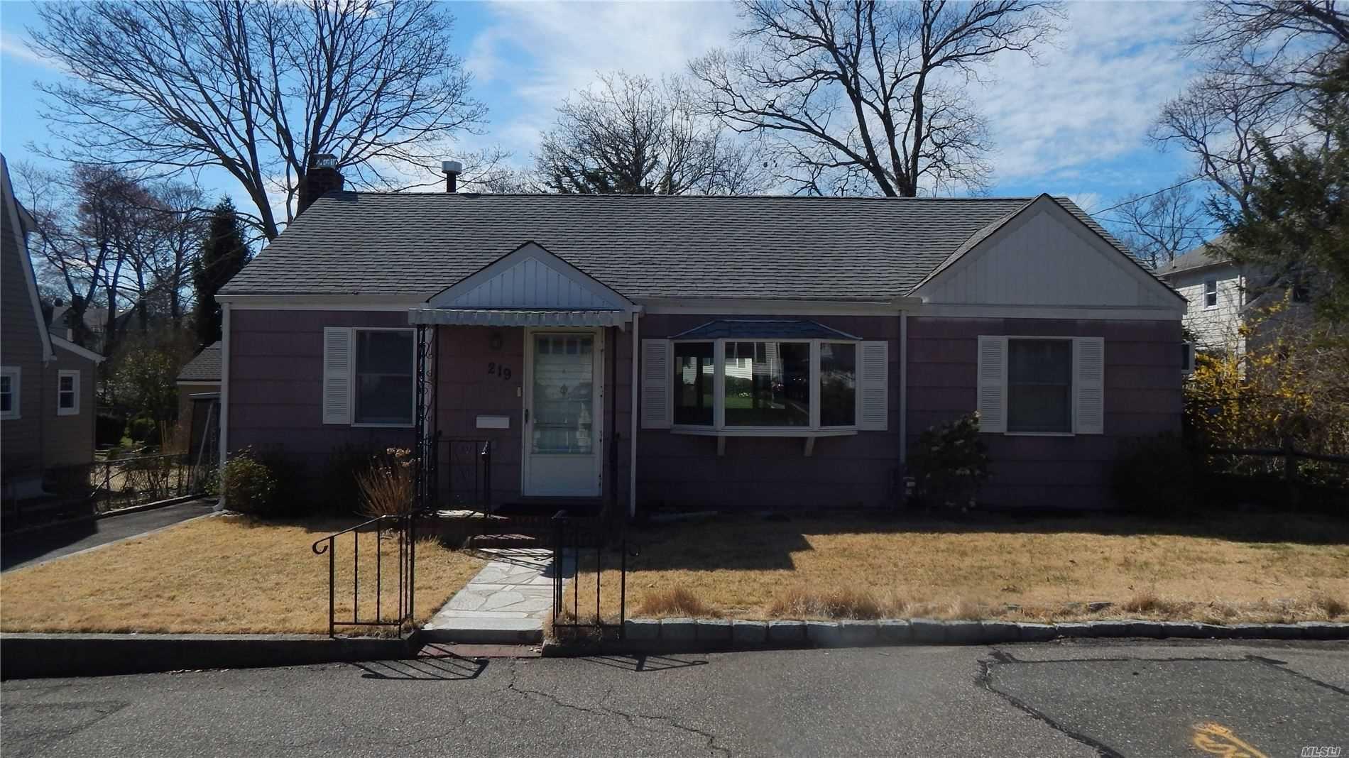 219 1st Street, East Northport, NY 11731 - MLS#: 3210004