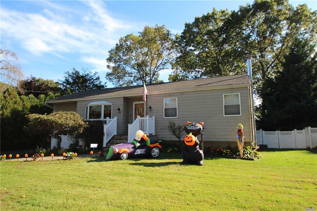 90 46th Street, Islip, NY 11751 - MLS#: 3173005