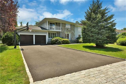 Photo of 14 Gatehouse Road, Scarsdale, NY 10583 (MLS # H6057007)