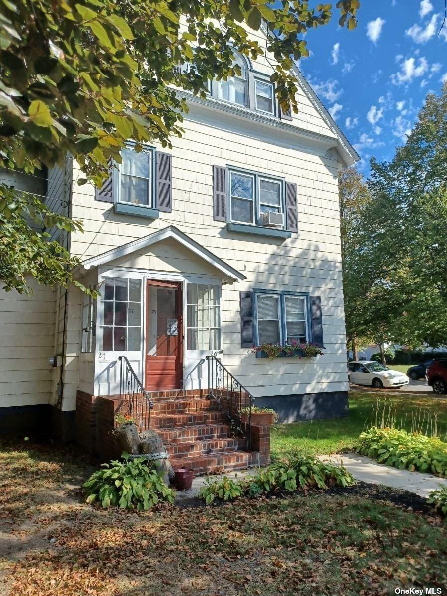27-29 South Carll Avenue, Babylon, NY 11702 - MLS#: 3355007