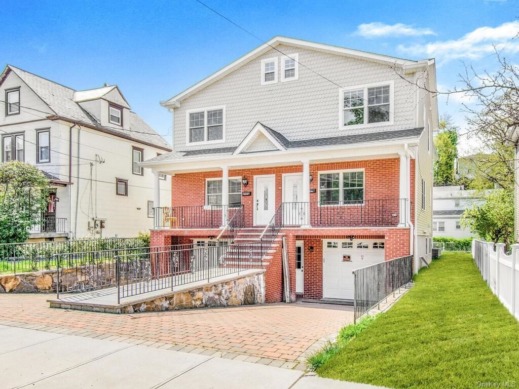 Photo of 129 Crescent #1, Yonkers, NY 10704 (MLS # H6114007)