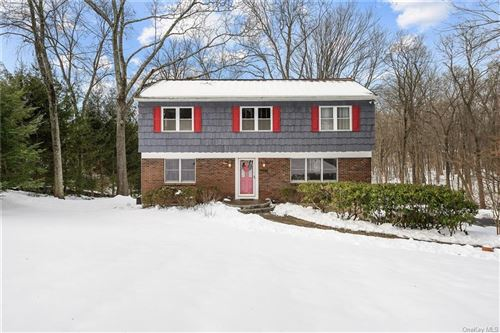 Photo of 15 Tina Drive, Mahopac, NY 10541 (MLS # H6088008)