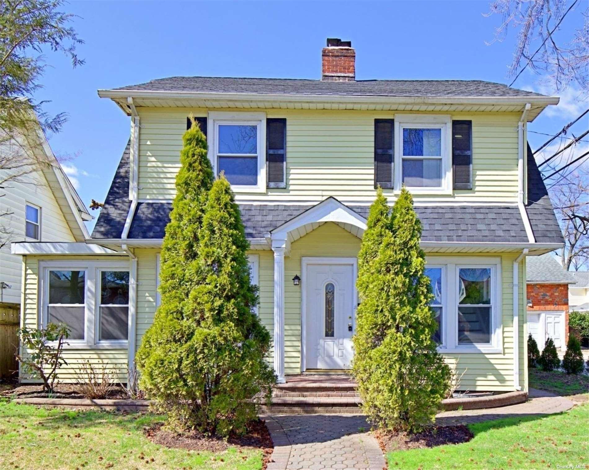 353 Washington Street, Hempstead, NY 11550 - MLS#: 3289008