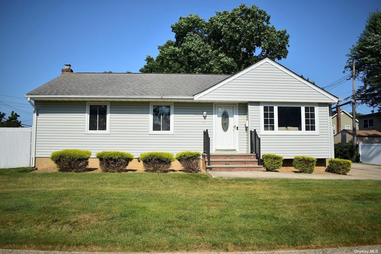 31 Kent Lane, Farmingdale, NY 11735 - MLS#: 3326008