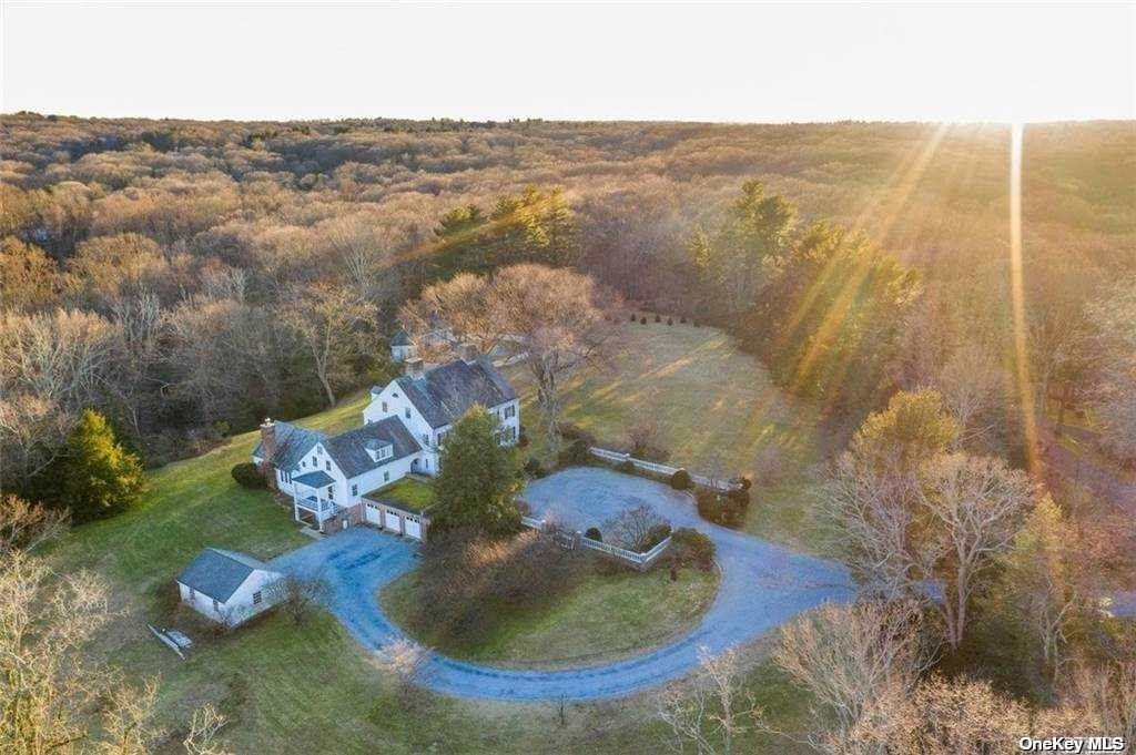 Photo of 45 Shutter Lane, Oyster Bay Cove, NY 11771 (MLS # 3283011)
