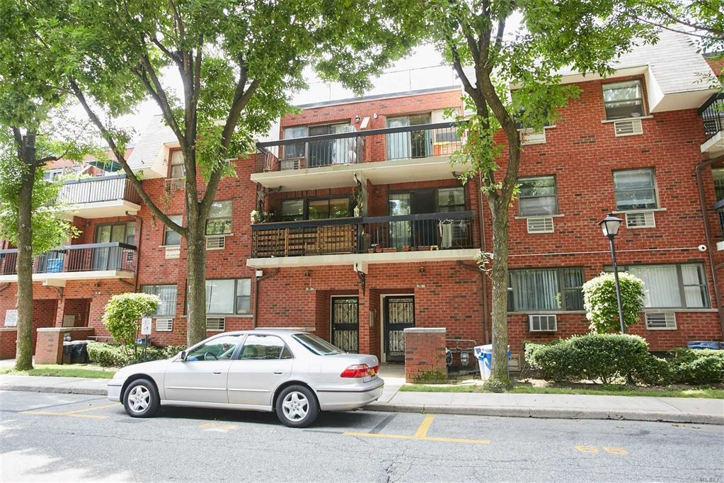 71-32 Sutton Place, Fresh Meadows, NY 11365 - MLS#: 3157012