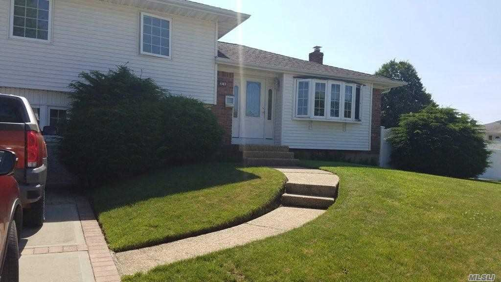 27 Robin Lane, Farmingdale, NY 11735 - MLS#: 3174012