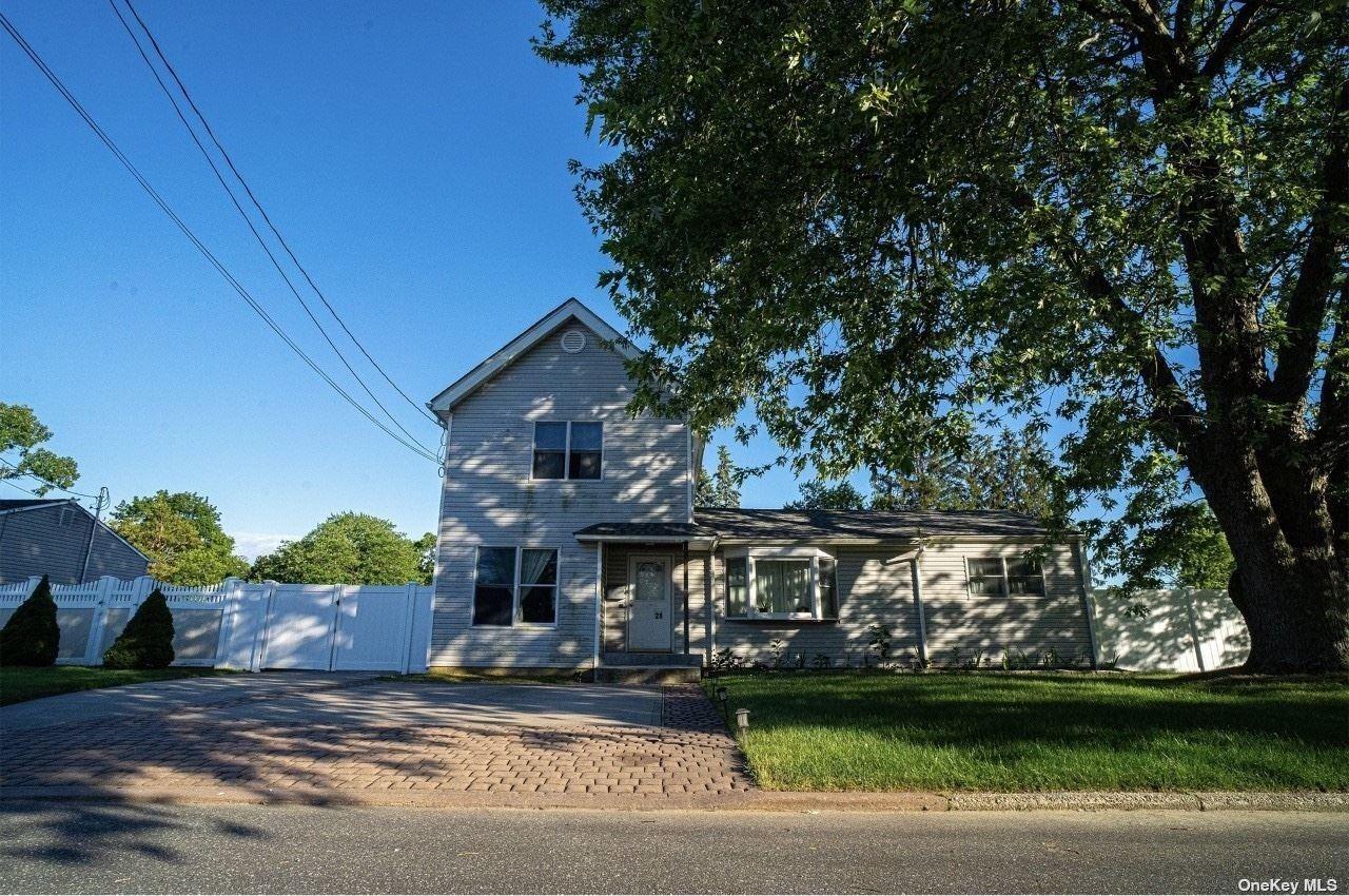 28 21st Avenue, Bay Shore, NY 11706 - MLS#: 3325012