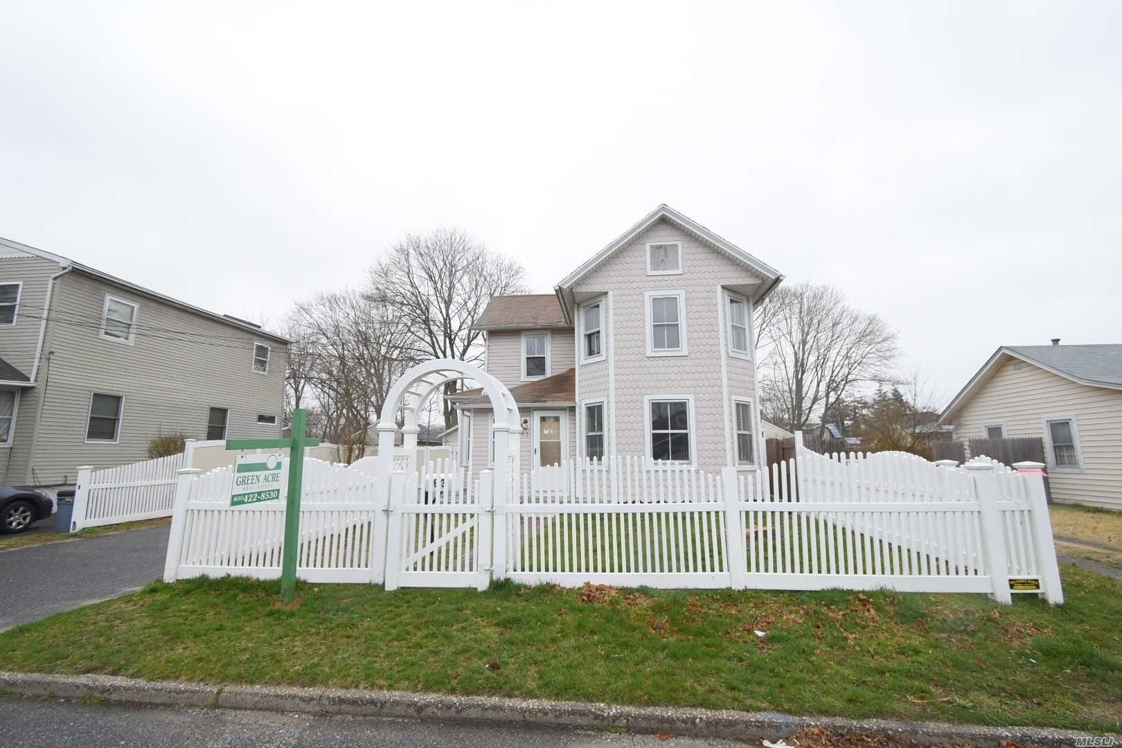 63 Silver Street, Patchogue, NY 11772 - MLS#: 3211013