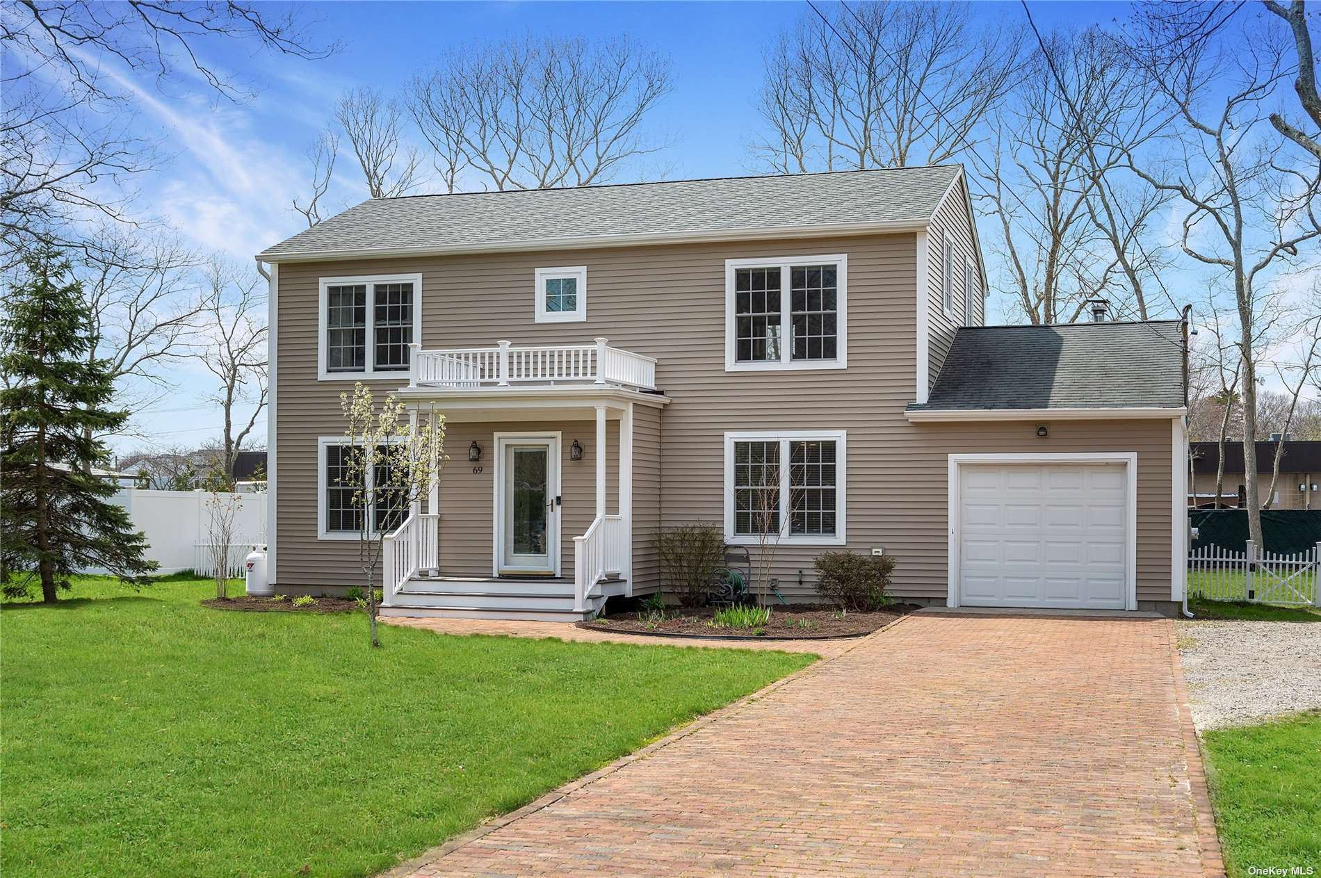 69 Hazelwood Avenue, Westhampton Beach, NY 11978 - MLS#: 3308013