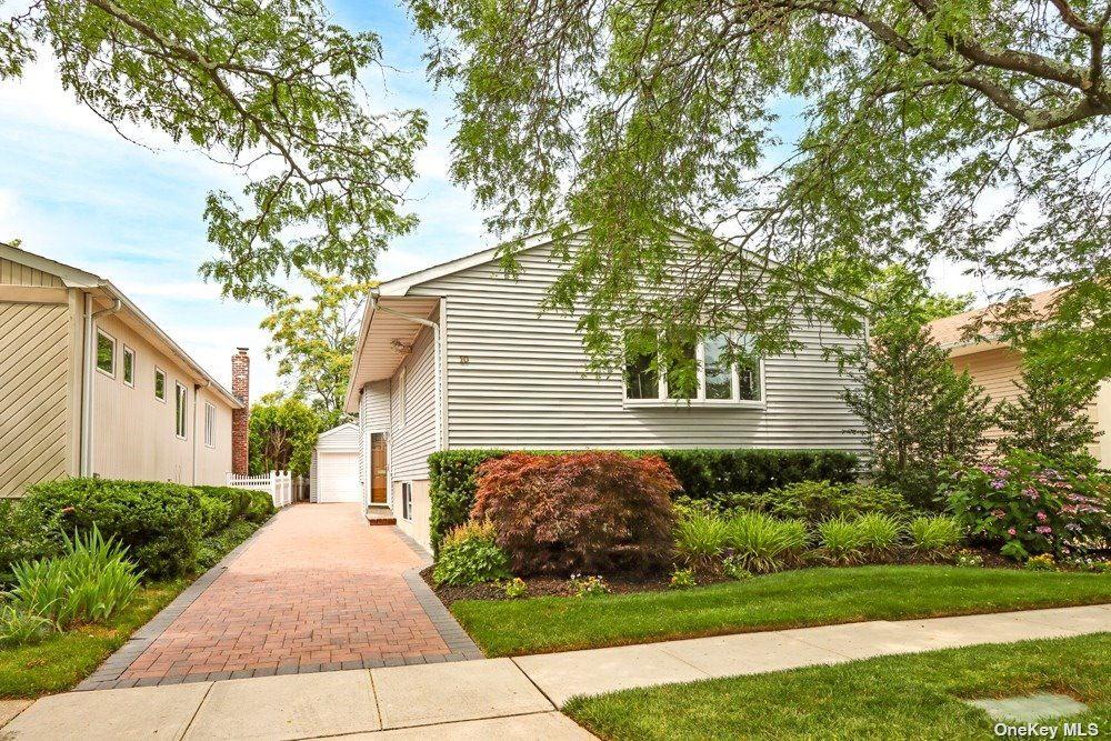 10 Smith Place, Williston Park, NY 11596 - MLS#: 3330013