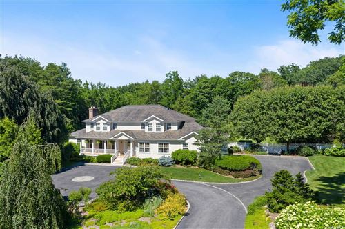 Photo of 1 Donna Drive, Upper Brookville, NY 11771 (MLS # 3329014)