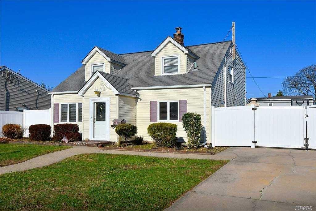 39 Cove Lane, Levittown, NY 11756 - MLS#: 3271014