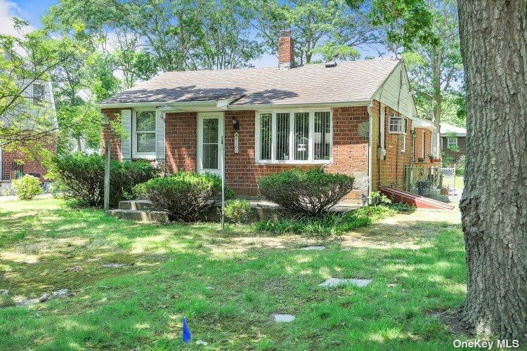 260 Munsell Road, East Patchogue, NY 11772 - MLS#: 3326014