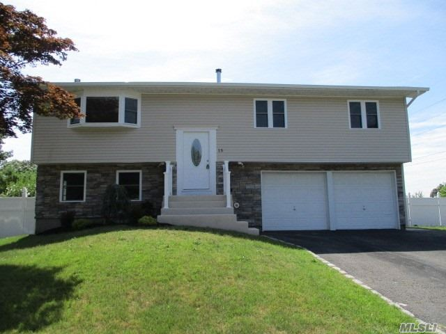 15 Rolan Court, Patchogue, NY 11779 - MLS#: 3237017