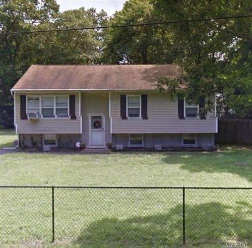 Photo of 70 Carr Lane, Coram, NY 11727 (MLS # 3278021)