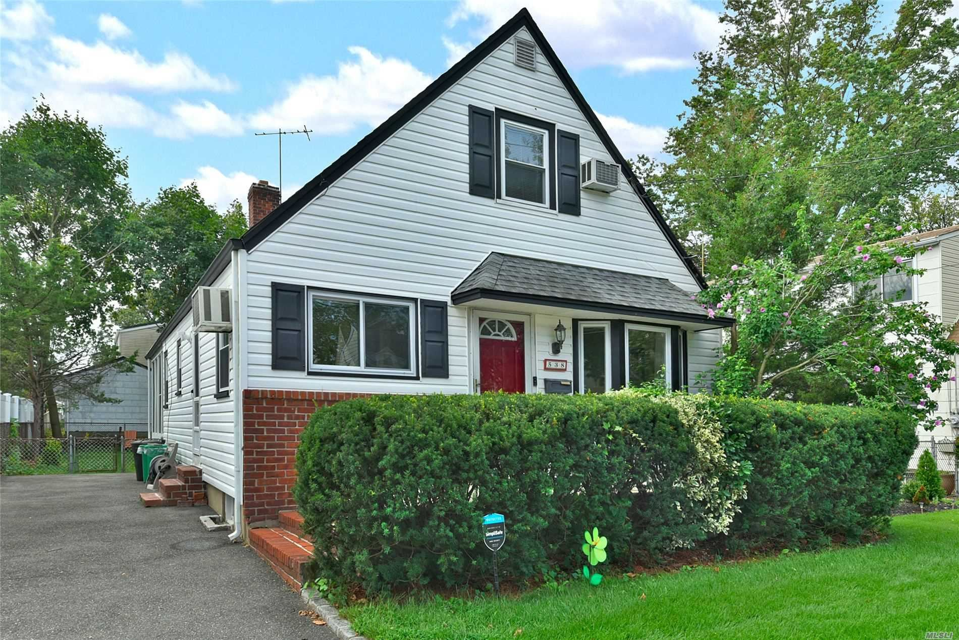 538 Stewart Avenue, New Hyde Park, NY 11040 - MLS#: 3244021