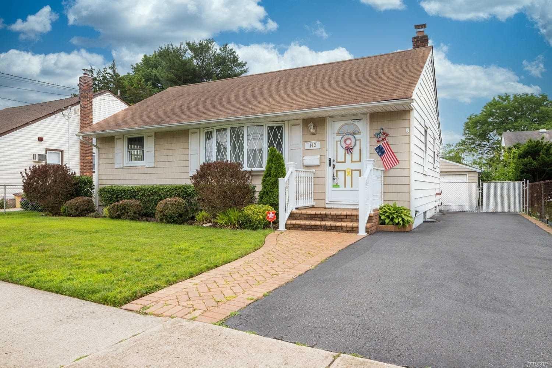 143 Princess Street, Hicksville, NY 11801 - MLS#: 3230022