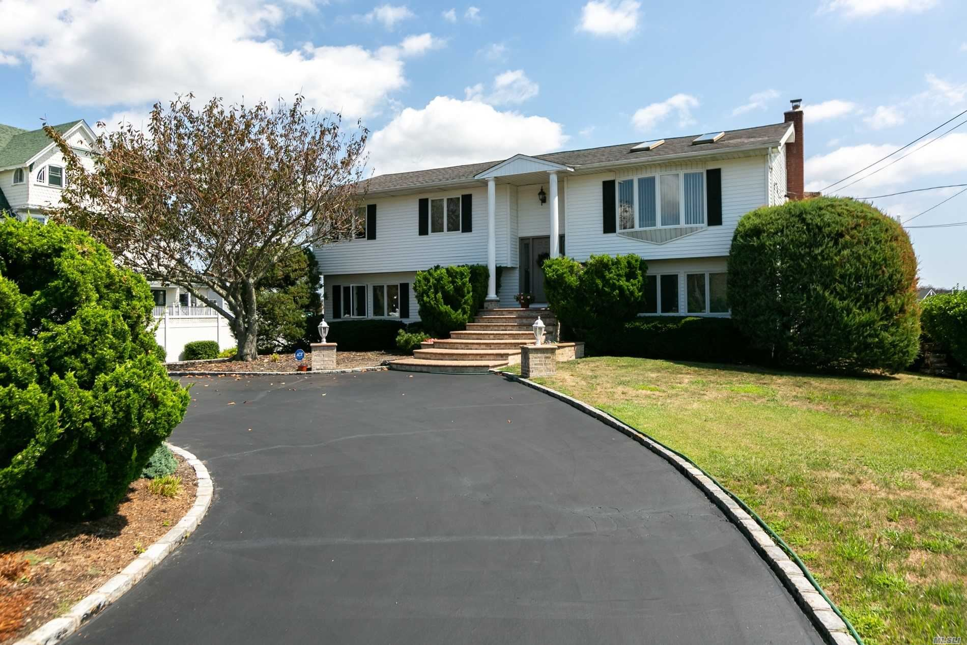 176 Clocks Boulevard, Massapequa, NY 11758 - MLS#: 3232022