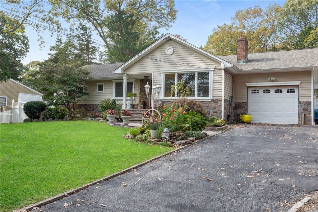 7 Beverly Court, Northport, NY 11768 - MLS#: 3176023